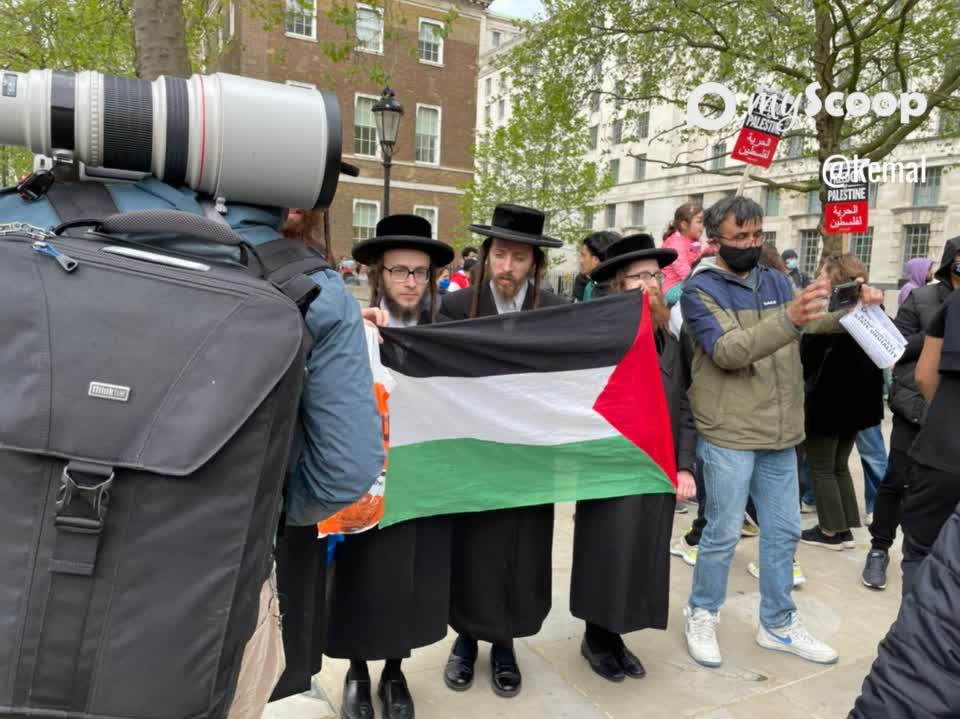 Jews in a rally for Palestine #Israel #Gaza #London